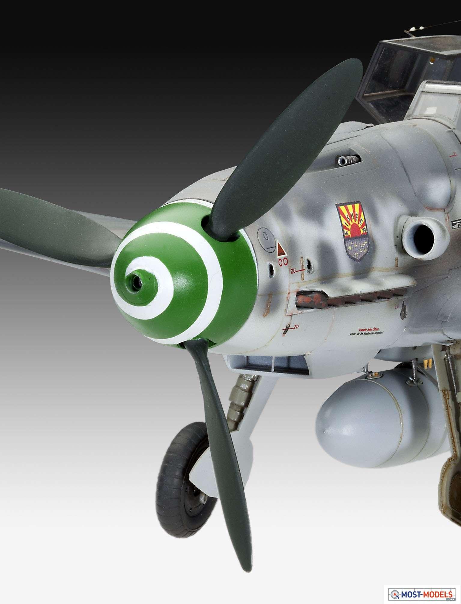 Revell 1//32 Messerschmitt Bf109 G-6 late /& early version # 04665