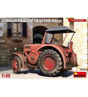 1:35 MiniArt 38041 German Traffic Tractor Lanz D8
